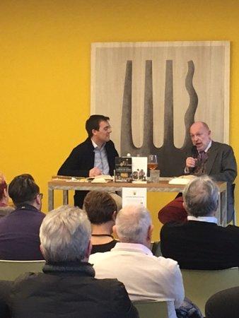 """Zane, Italien: Presentazione """"il genio del gusto"""" con Alessandro Marzo Magno"""