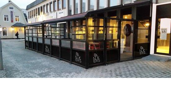 Stjordal Municipality, Noruega: Bankers ligger midt i Stjørdal vis a vis SMN 1