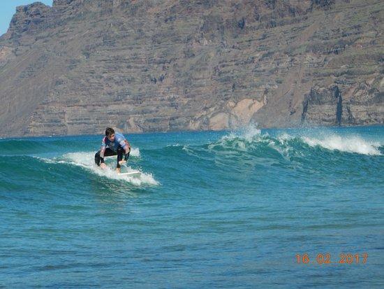 Lanzasurf: Green Waves in Famara Beach