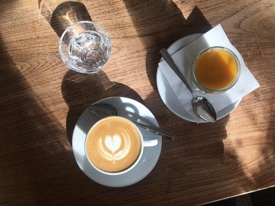 Photo of Cafe Muj Salek Kavy at Křižíkova 105, Prague 186 00, Czech Republic