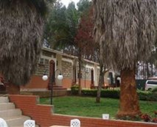 One acre of beautifully landscaped gardens with water features and a children park.Popular for Gardens events,function,socializing,relaxation,family,friend and Business or Company's team building. - Picture of Gatimene Gardens, Meru Town