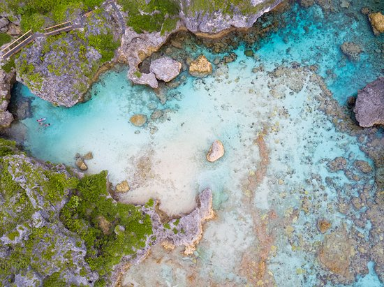 Real Niue, Limu Pools