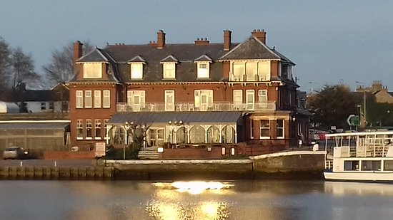 Oulton Broad, UK: 20170311_172733_large.jpg