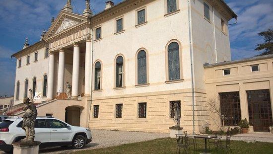 Vedelago, Italy: vista ingresso