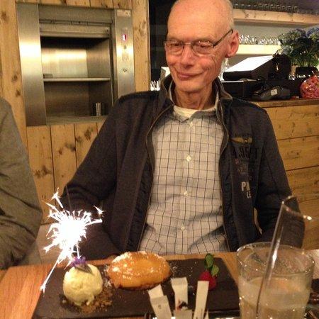 Mortsel, Βέλγιο: Tarte tatin met een verjaardagstintje!