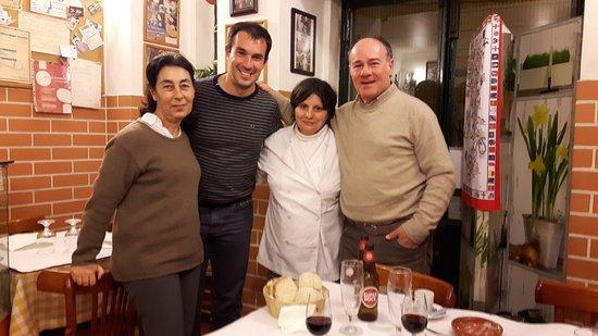 Photo of Seafood Restaurant Restaurante Ti Natércia at Escolas Gerais 54, Lisbon 1100-216, Portugal