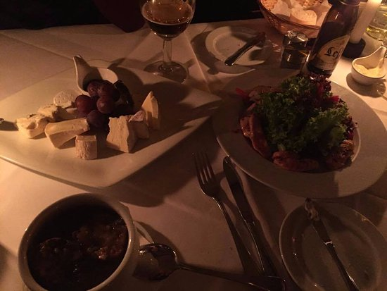 Cafe BREL: onion soup, cheese platter and salad