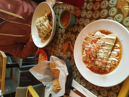 Photo of Mexican Restaurant El Centro at 824 9th Ave, New York, NY 10019, United States