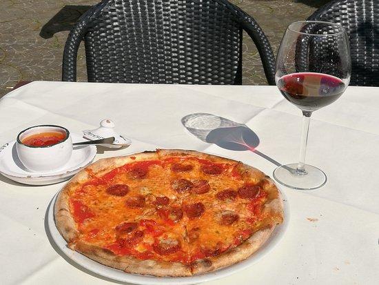 Pizza - Ristorante Caminetto, Lachen Reisebewertungen - TripAdvisor