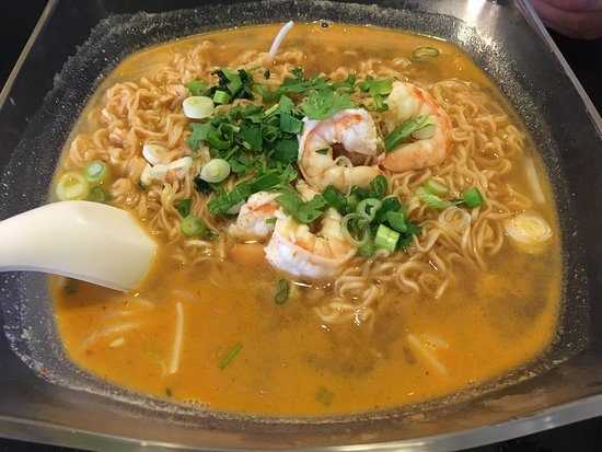 O'Fallon, อิลลินอยส์: Zapp Noodle&market Thai Restaurant