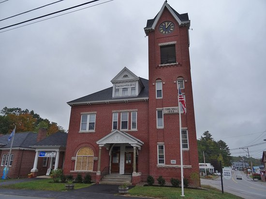 Sanbornville, NH: Wakefield Town Hall