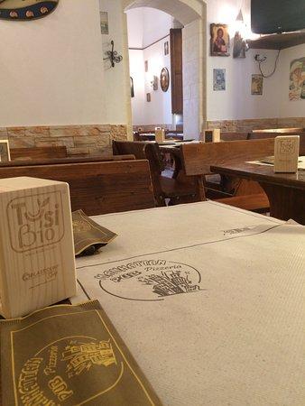 Cassibile, Italy: Interni del manhattan pub