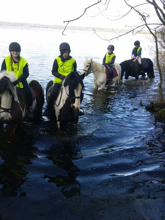 Mountnugent, Ireland: Riders in the Lough