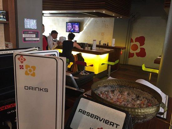 Photo of Japanese Restaurant KL Teppanyaki at Nueschelerstrasse 31, Zurich 8001, Switzerland