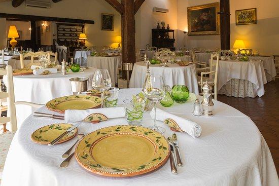 Auberge de cassagne le pontet restaurant reviews phone for Carrelage avignon le pontet