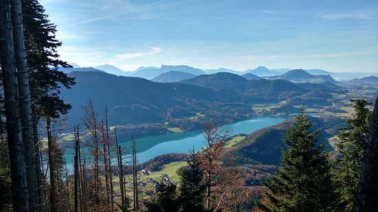 Fuschl am See, Avusturya: The lakes from the trail