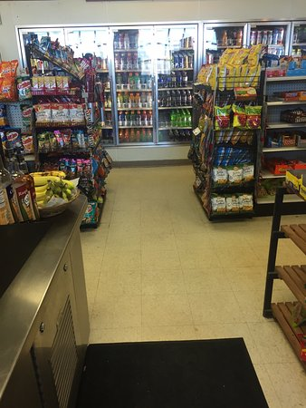 Hampton, NJ : Bagelsmith Food Stores & Deli