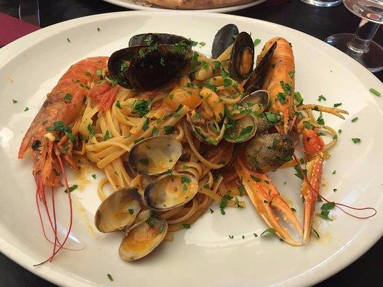 Photo of Italian Restaurant Trattoria Don Giovanni at Via Del Banco Di Santo Spirito 58, Rome 00186, Italy