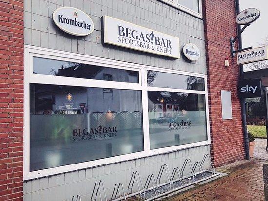 Pinneberg, เยอรมนี: Die BEGAS.BAR von außen.