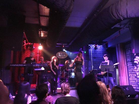 Hayal Kahvesi: wednesday live concert