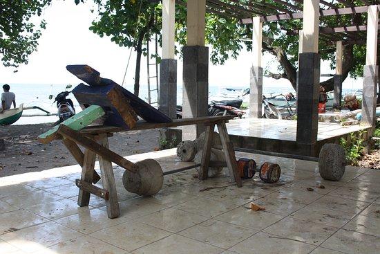 Anturan, Indonesia: lokalt styrketræning