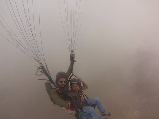 Team 5 Nepal Paragliding: top on that day