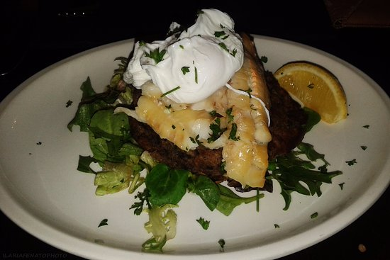 The Isles Inn Pub & Hotel: Pesce, uova e black pudding