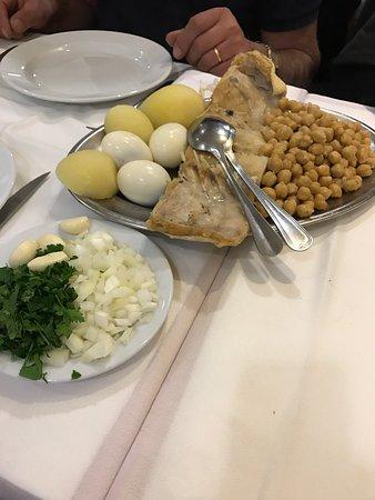Photo of Seafood Restaurant Floresta do Salitre at Rua Do Salitre 42 D, Lisbon 1250-200, Portugal