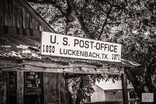 Luckenbach, TX: Store 2