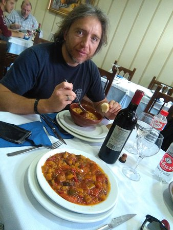 Aguilar de Campoo, Spanien: Excelente y con opciones vegetarianas