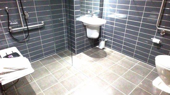 "Redcliffe, Australia: the ""open"" bathroom"