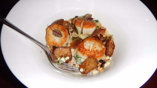 Fruition Restaurant: Divers sea scallops