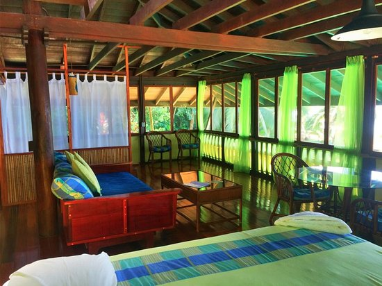 Saladero Eco Lodge: Beach House Living area