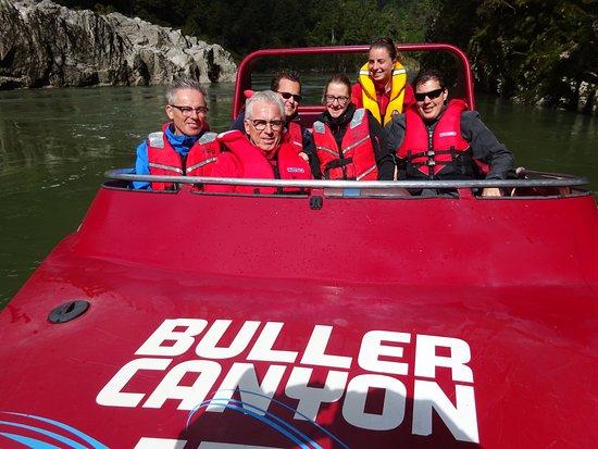 Мерчисон, Новая Зеландия: Jetboaten