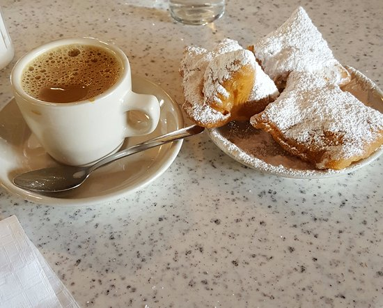 Photo of Coffee Shop Cafe du Monde at 3245 Williams Blvd, Kenner, LA 70065, United States
