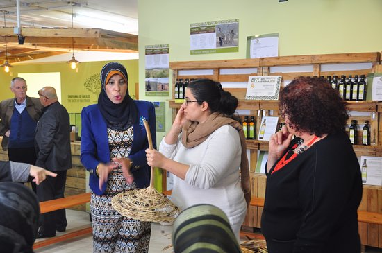 Kfar Cana, Israël : Sindyanna of Galilee and WAC-MAAN answering hatred and racism  in an impressive joint Jewish Ara