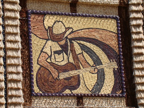 มิตเซลล์, เซาท์ดาโคตา: Another corn mural