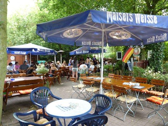 Unna, Almanya: Der schöne Biergarten