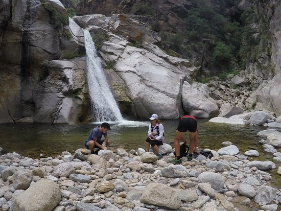 La Lejania : Caminata a la cascada río arriba