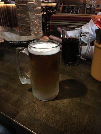 Seinajoki, Finland: Amarillo sampler ❤ syötävää riitti ja oli maistuvaa. Alkoholiton olut kruunasi ruoan.