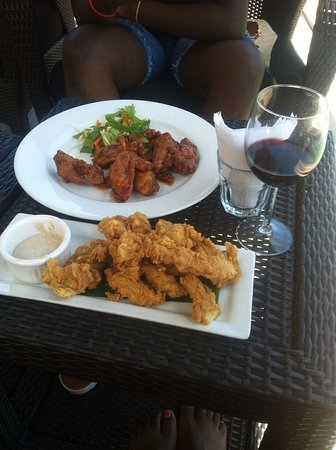 True Blue Bay Boutique Resort : Spent my 20 birthday there it was so lovely, I had an epic time.The food was really good looking