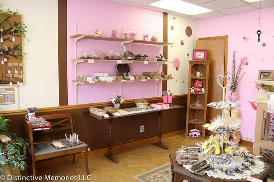 Menomonee Falls, WI: Not your normal chocolate shop!