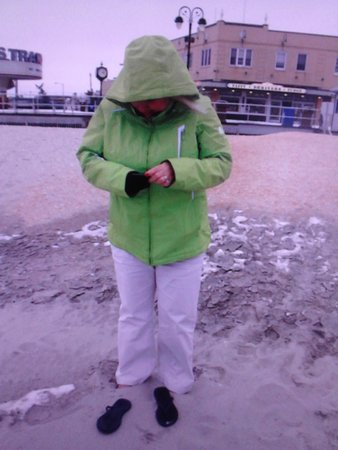 Ocean City, NJ: Even on a cold winter's day there's something wonderfully good about sinking your toes into the