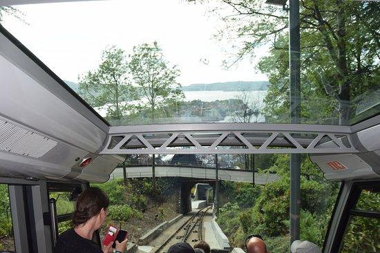 Fløibanen AS: Funicular