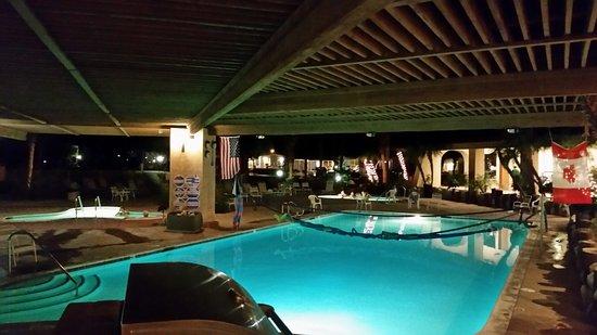 Caliente Springs Resort: Pool Area