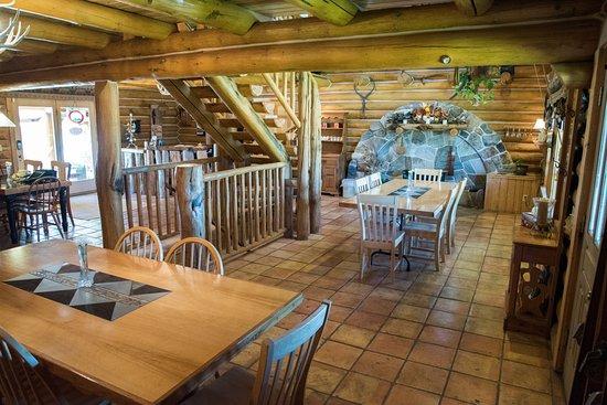 Eden, UT: Dining Area
