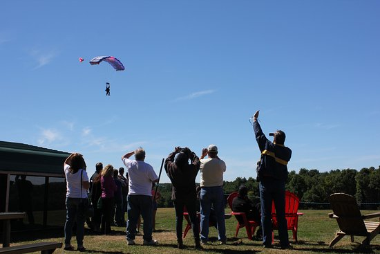 Killingly, CT: Landing a first time tandem skydiver