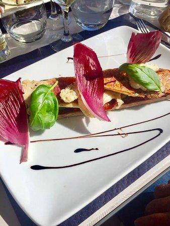 Restaurant le pointu dans none avec cuisine fran aise for Restaurant le pointu toulon