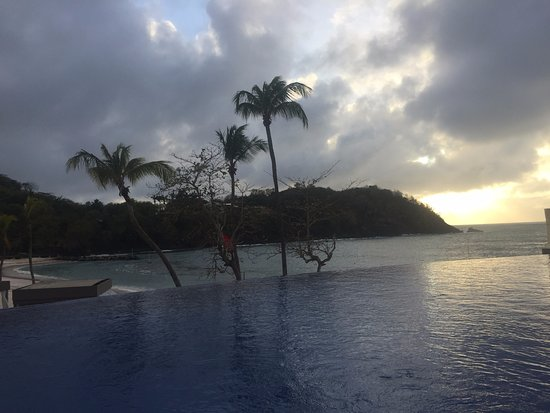 Cap Estate, St. Lucia: Hideaway endless pool (has swim up bar)