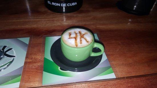 Bar Cafe 4k